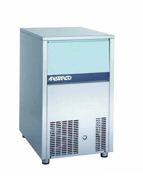 Mașină de gheață, capacitate 150 kg gheață, cub gol 17 gr (≈ 8823 bucăți) - seria CV 150.70